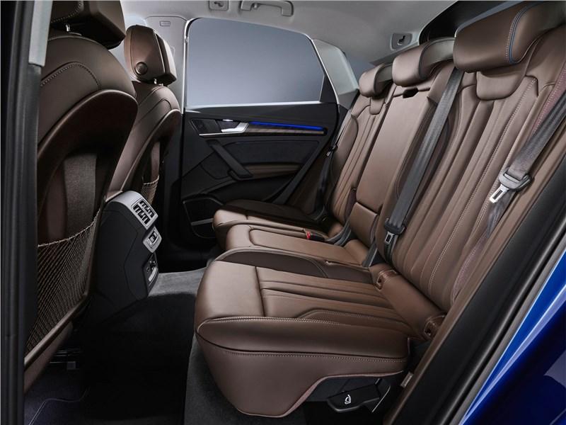 Audi Q5 Sportback (2021) задний диван