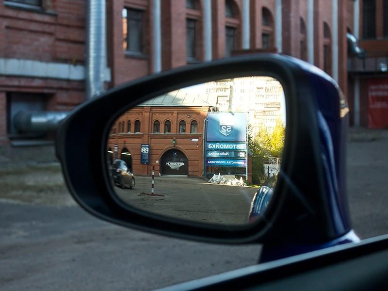 Lexus IS FS 2013 боковое зеркало