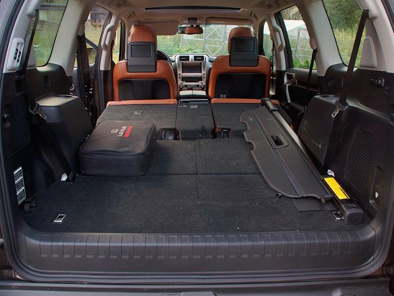 Lexus GX 460 2014 багажное отделение фото 2