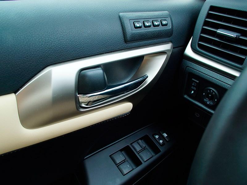 Lexus CT 200h 2014 электрорегулировки