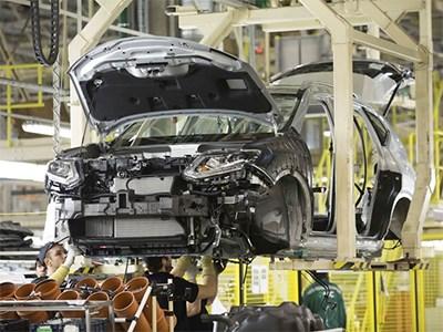 Российские предприятия компаний Ford и Hyundai закрываются на каникулы