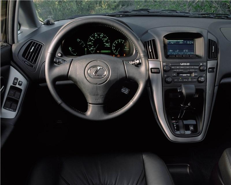 Lexus RX300 2001 органы управления и приборы