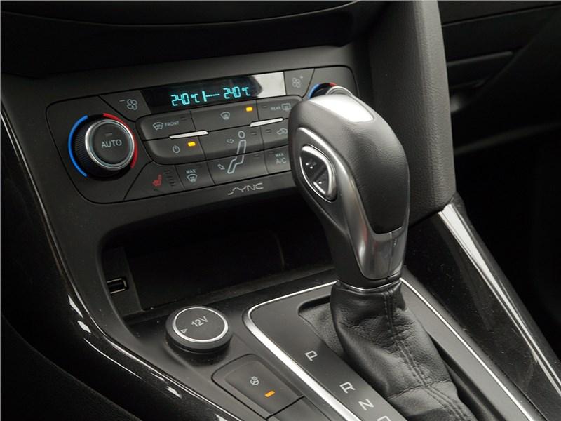 Ford Focus 2014 селектор коробки PowerShift