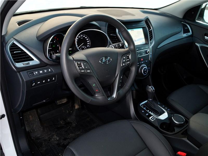 Hyundai Santa Fe 2015 салон