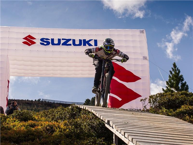 По уже сложившейся традиции на фестивале Suzuki Nine Knights не обошлось без рекордов