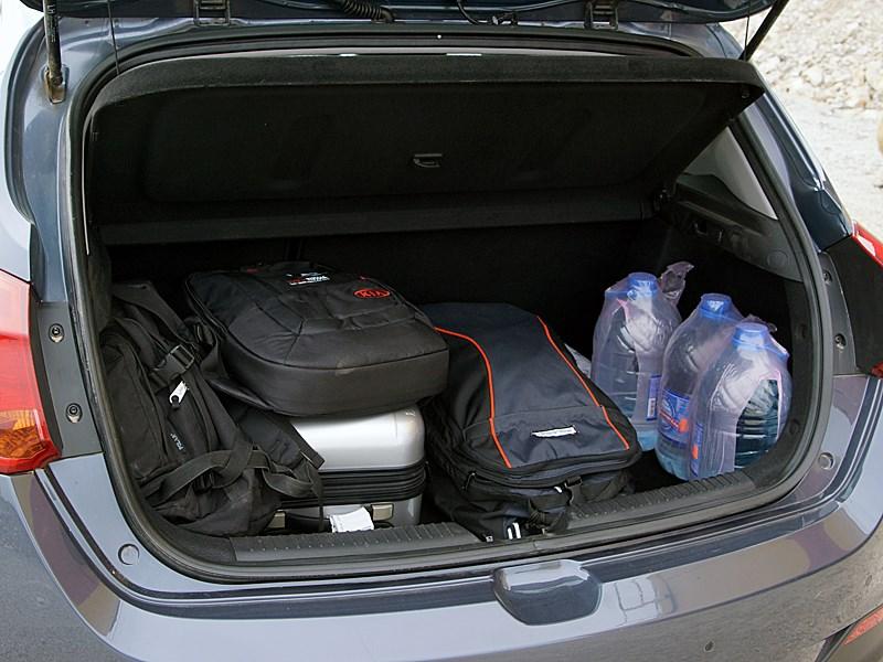 Kia cee'd 2012 хэтчбек багажник