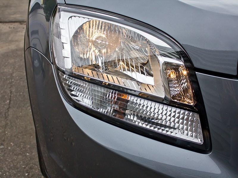 Chevrolet Orlando 2013 передняя фара