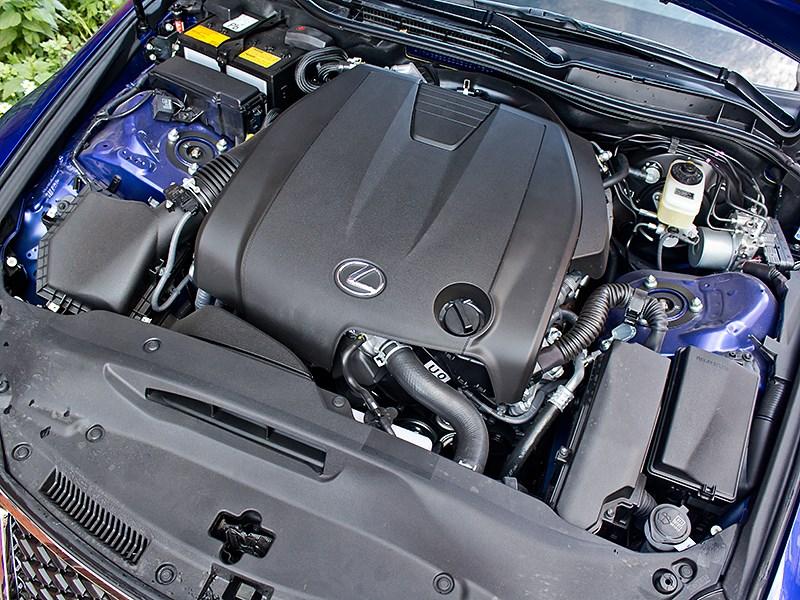 Lexus IS FS 2013 двигатель