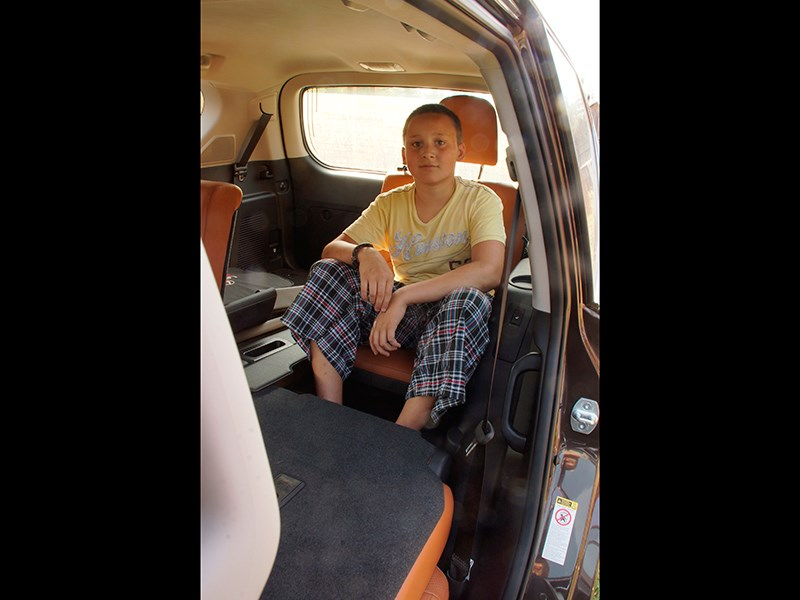 Lexus GX 460 2014 кресла третьего ряда