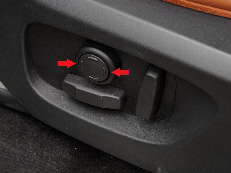 Land Rover Discovery Sport 2015 регулировка поясничного подпора