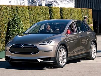 Tesla подарит норвержцу кроссовер Model X за привлечение новых клиентов
