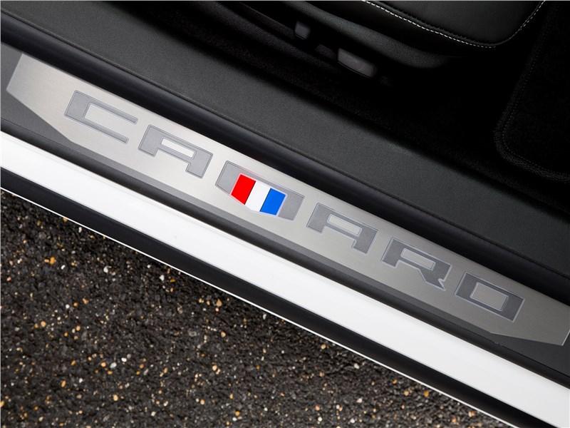 Chevrolet Camaro 2016 порог