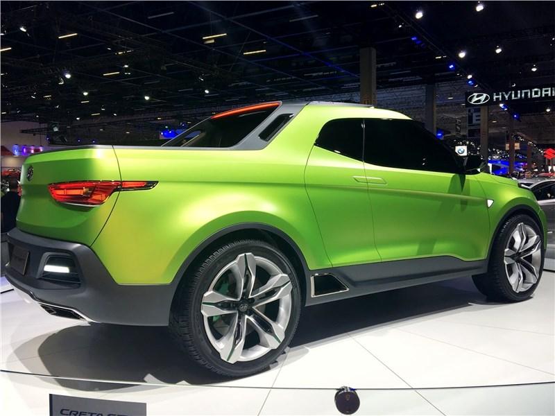 Hyundai Creta STC Concept 2016 вид сбоку сзади