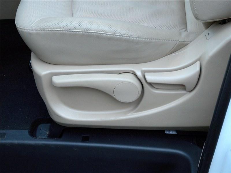 Hyundai Н-1 2018 передние кресла