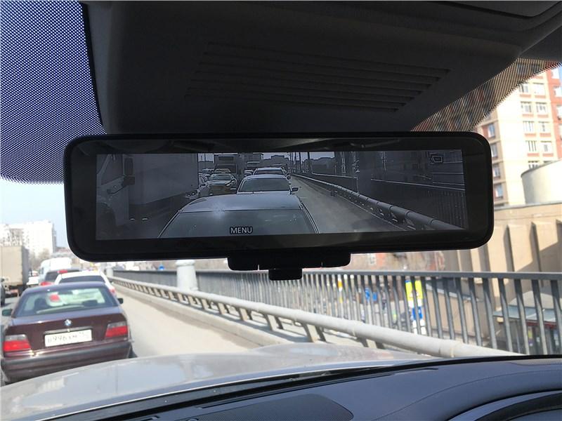 Infiniti QX80 (2021) зеркало