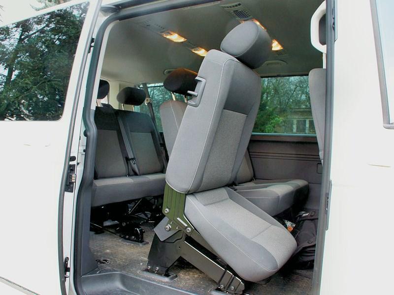 Volkswagen Caravelle сдвижная дверь