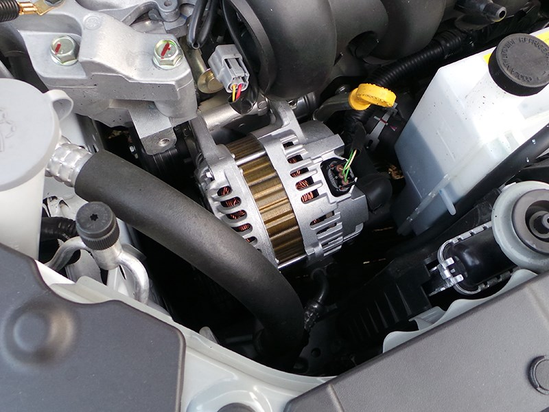 Nissan Sentra 2013 ремень привода