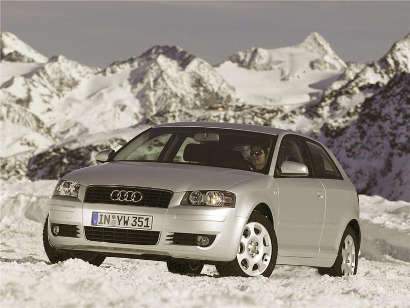 Мал золотник, да дорог (Audi A3, BMW 1 Series, Mercedes-Benz А-Klasse) A3 поколение 8P рест.
