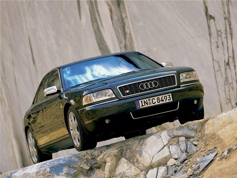 Audi S8 D2 рест.