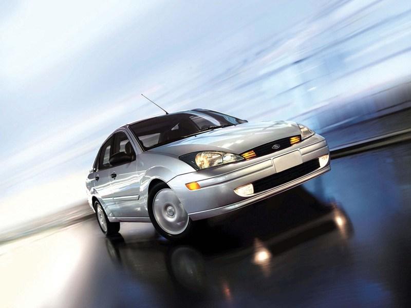Ford Focus 1998 обладал хорошей управляемостью