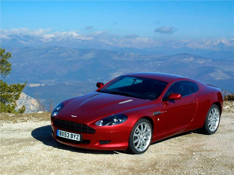 Aston Martin DB9 (2003-2008)