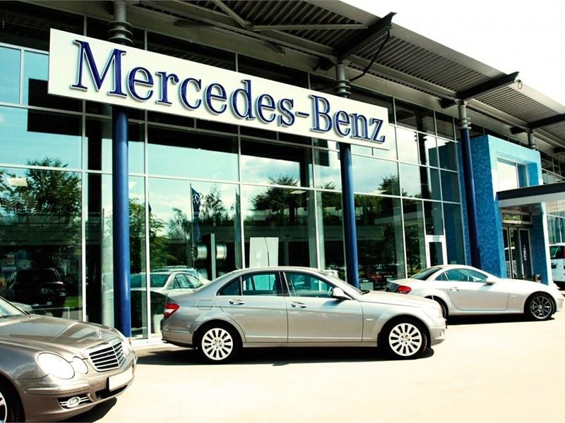 В январе Mercedes-Benz показал почти 20-процентный рост