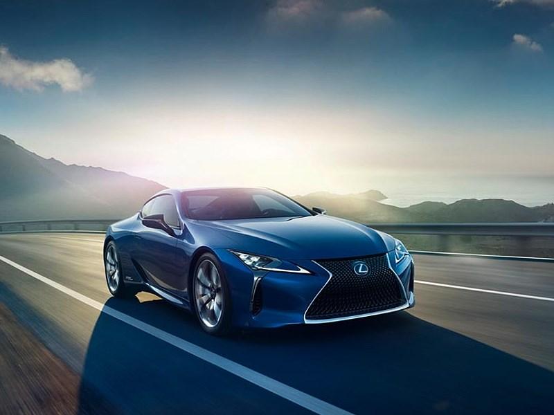 Lexus привезет в Женеву гибридный LC 500h