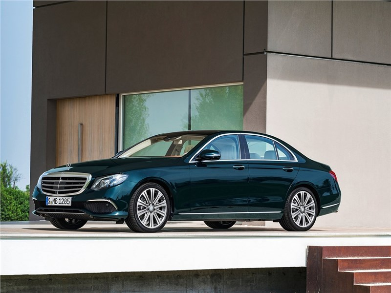Новый Mercedes-Benz E-Class - Mercedes-Benz E-Klasse 2017 В фарватере флагмана