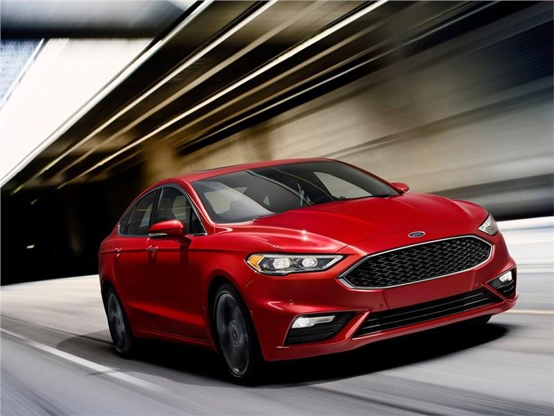 Ford Fusion 2016 Шайбу, шайбу!