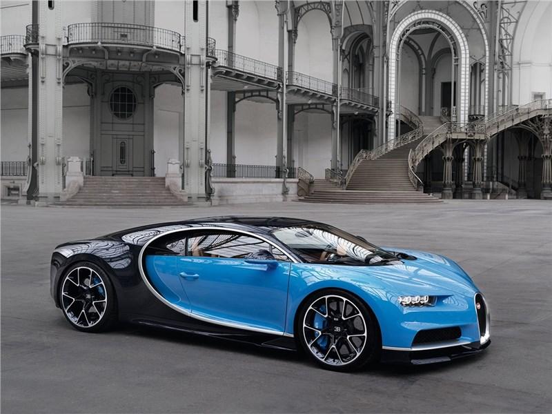 Bugatti Chiron 2017 Вне конкуренции