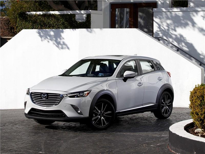 Mazda CX-3 2015 Маленький хитрец