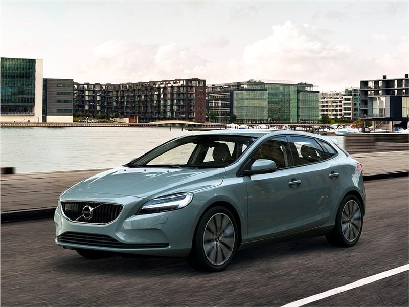 Новый Volvo V40 - Volvo V40 2017 Фирменный наряд