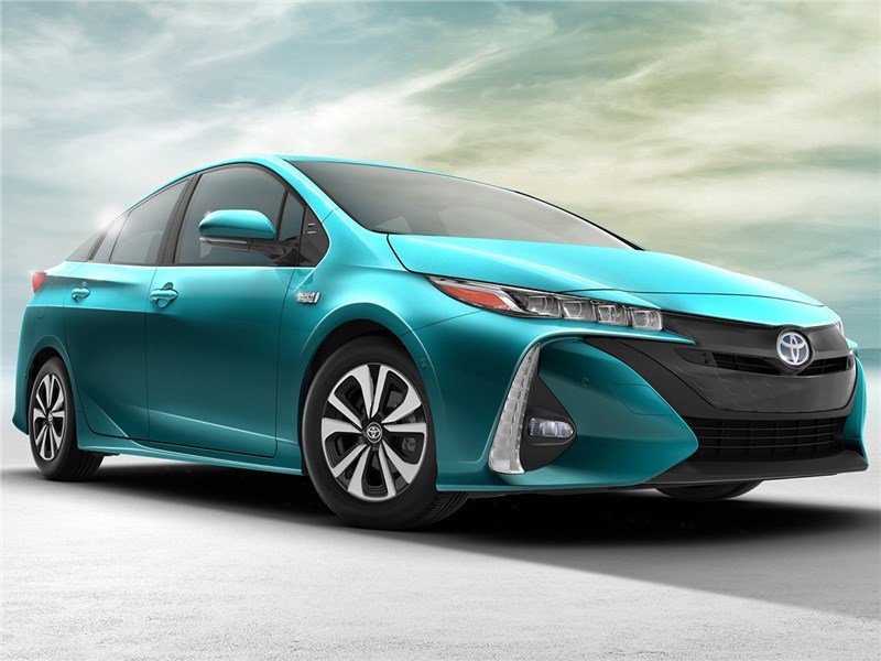 Toyota Prius Prime 2017 Чудо экономичности