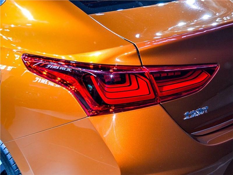 Hyundai Verna Concept 2016 задний фонарь