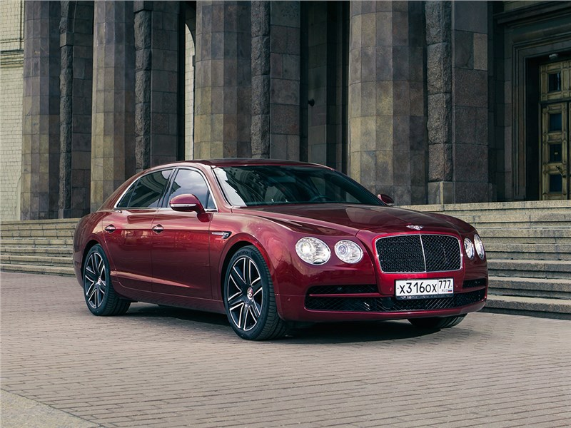 Bentley Continental Flying Spur 2013 Хозяин положения