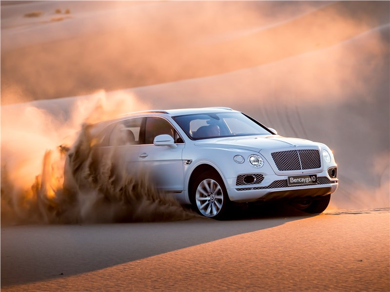 Bentley Bentayga 2016 Три миллионера