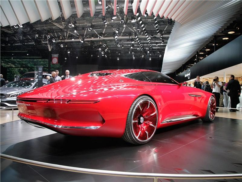 Vision Mercedes-Maybach 6 2016 вид сзади