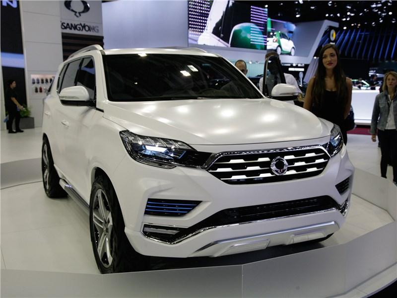 SsangYong LIV-2 concept 2016 Внедорожник в белом