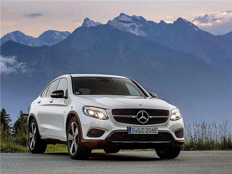 Mercedes-Benz GLC Coupe 2017 вид спереди