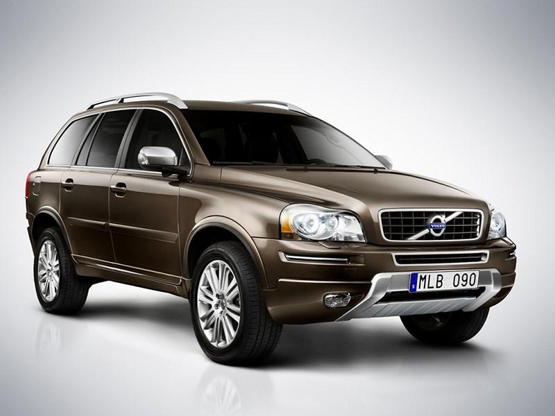 Volvo отзывает XC90