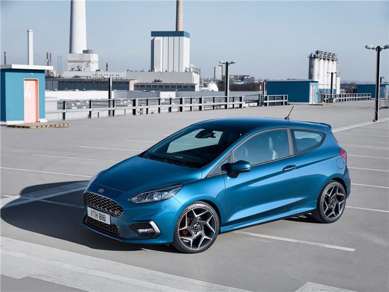 Новый Ford Fiesta ST - Ford Fiesta ST 2018 Дело – в моторе