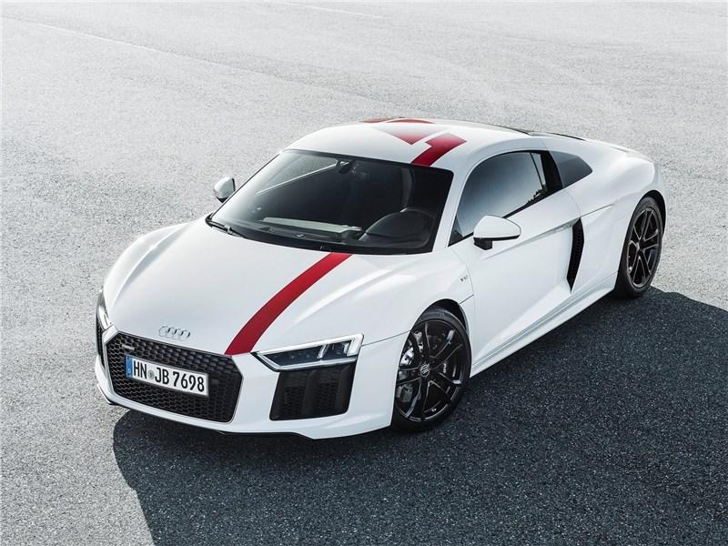 Audi R8 RWS 2018 вид спереди сверху