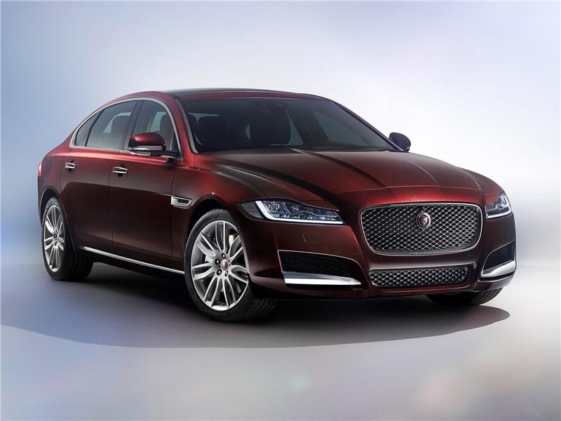 Новый Jaguar XE - Jaguar XFL 2017 Тянем-потянем