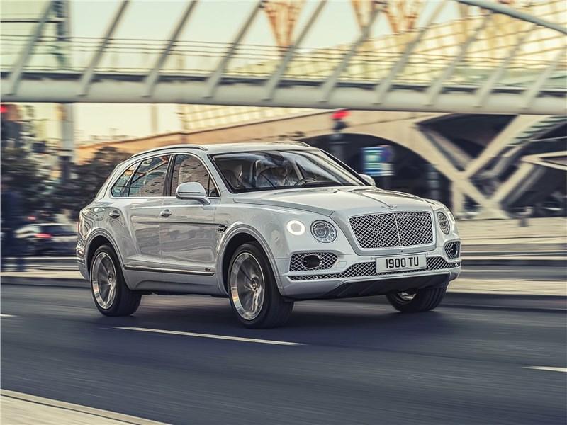 Bentley Bentayga Hybrid 2019 Новые веяния