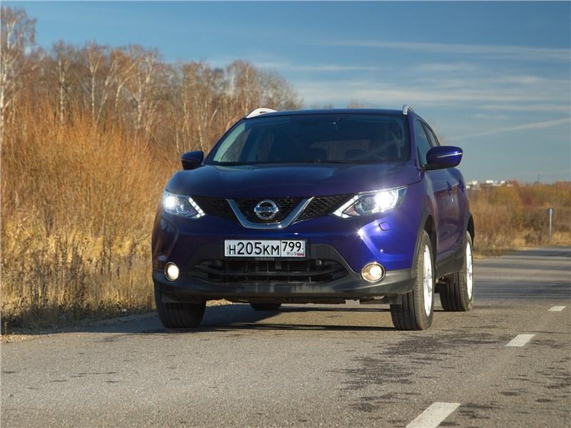 Nissan Qashqai - nissan qashqai 2014 теперь увереннее прокладывает курс