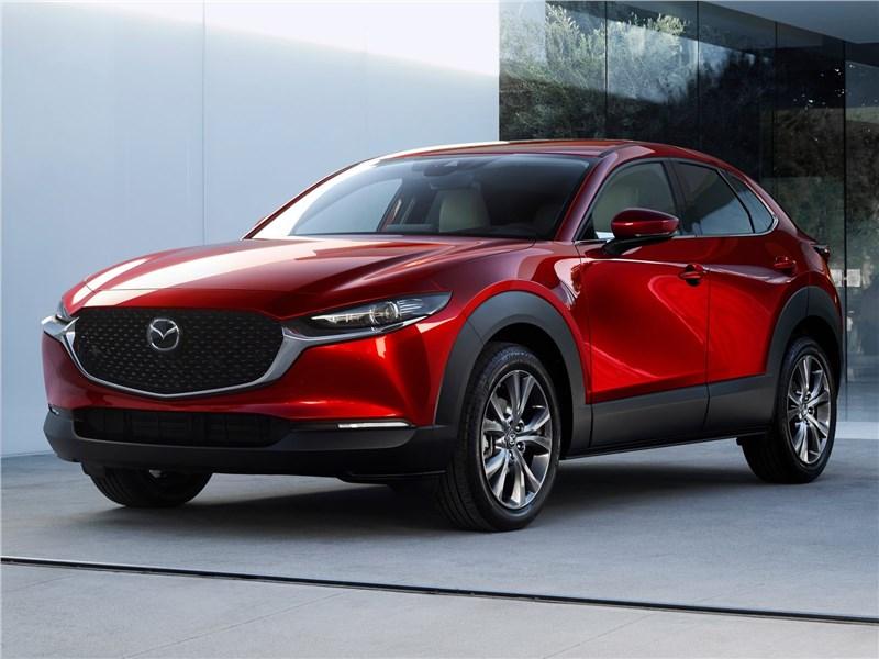 Mazda CX-30 2020 вид спереди