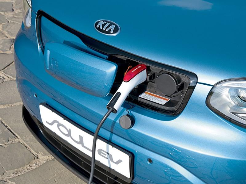 Kia Soul EV 2015 зарядка батареи