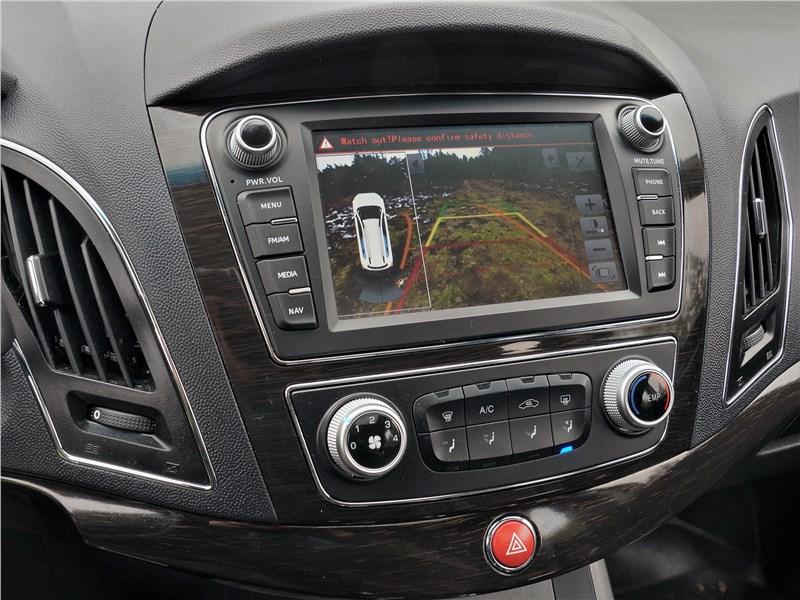 JAC S5 2014 центральная консоль