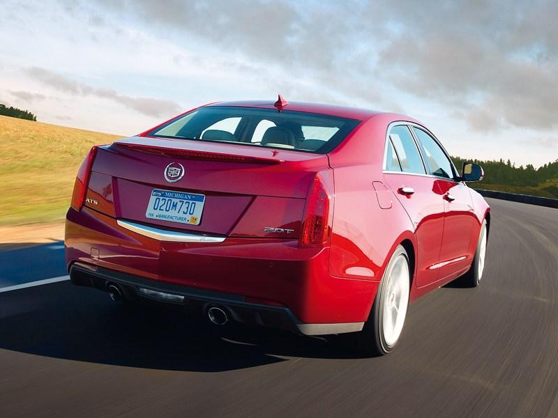 Cadillac ATS 2012 вид сзади