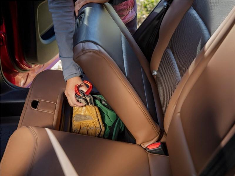 Ford Bronco Sport (2021) задний диван